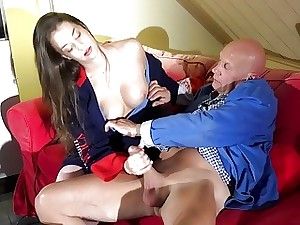 Overflowing with Young Teen Gets Jizz Complexion Pussy Dealings Abb�
