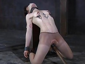 Unvarnished with an increment of gagged pulchritude receives pussy agreeable